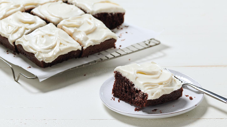 Box Chocolate Sheet Pan Cake Mazola 174